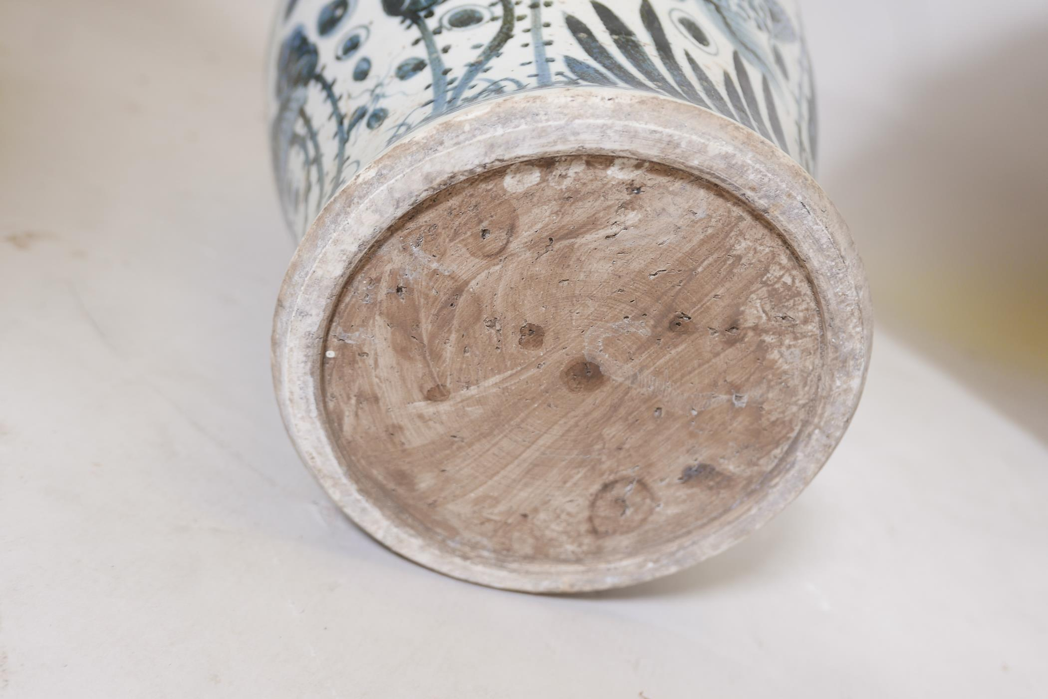A pair of Chinese blue and white porcelain meiping jar and covers decorated with carp in a lotus - Image 5 of 5