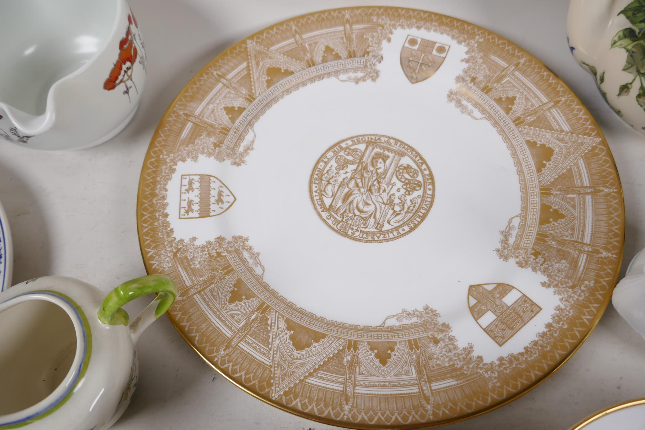 A quantity of decorative pottery and porcelain to include Royal Doulton, Wedgwood, Spode etc - Image 4 of 6