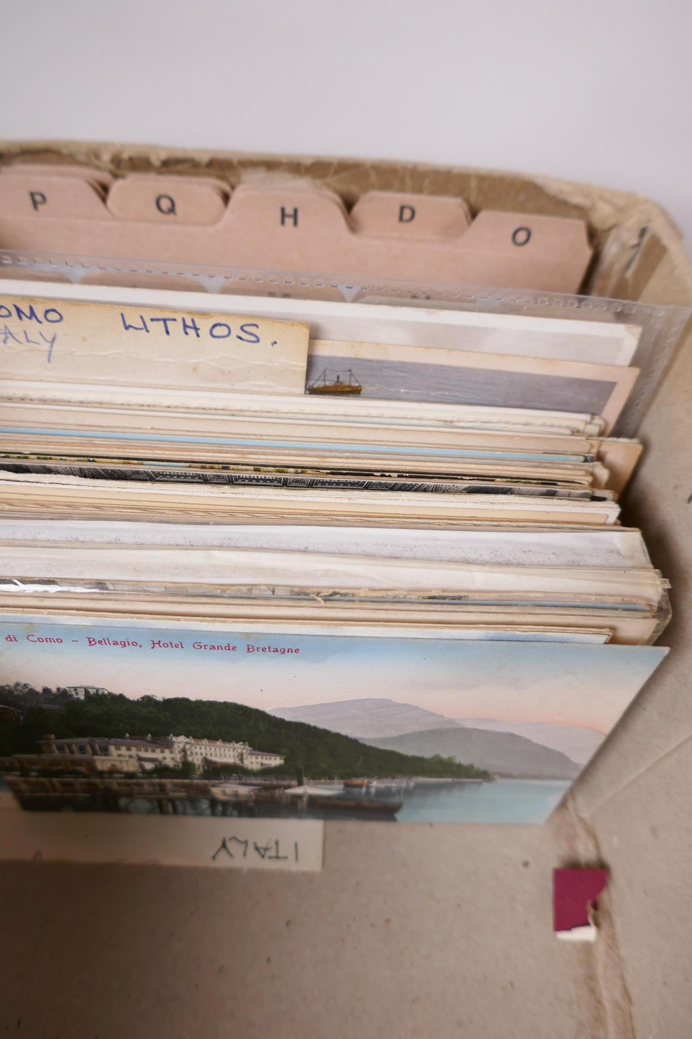 A collection of postcards, mainly European topographical, approx 750, and a further quantity of - Image 2 of 10