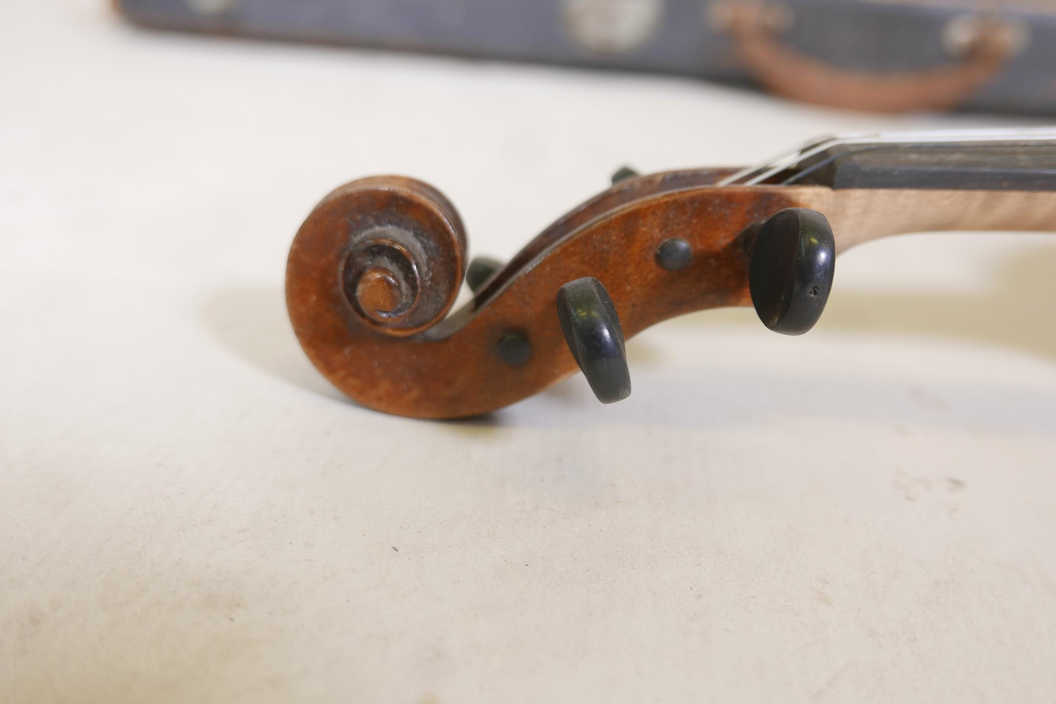 """A vintage violin and bow in case, 14½"""" back including button, 23½"""" long - Image 7 of 15"""