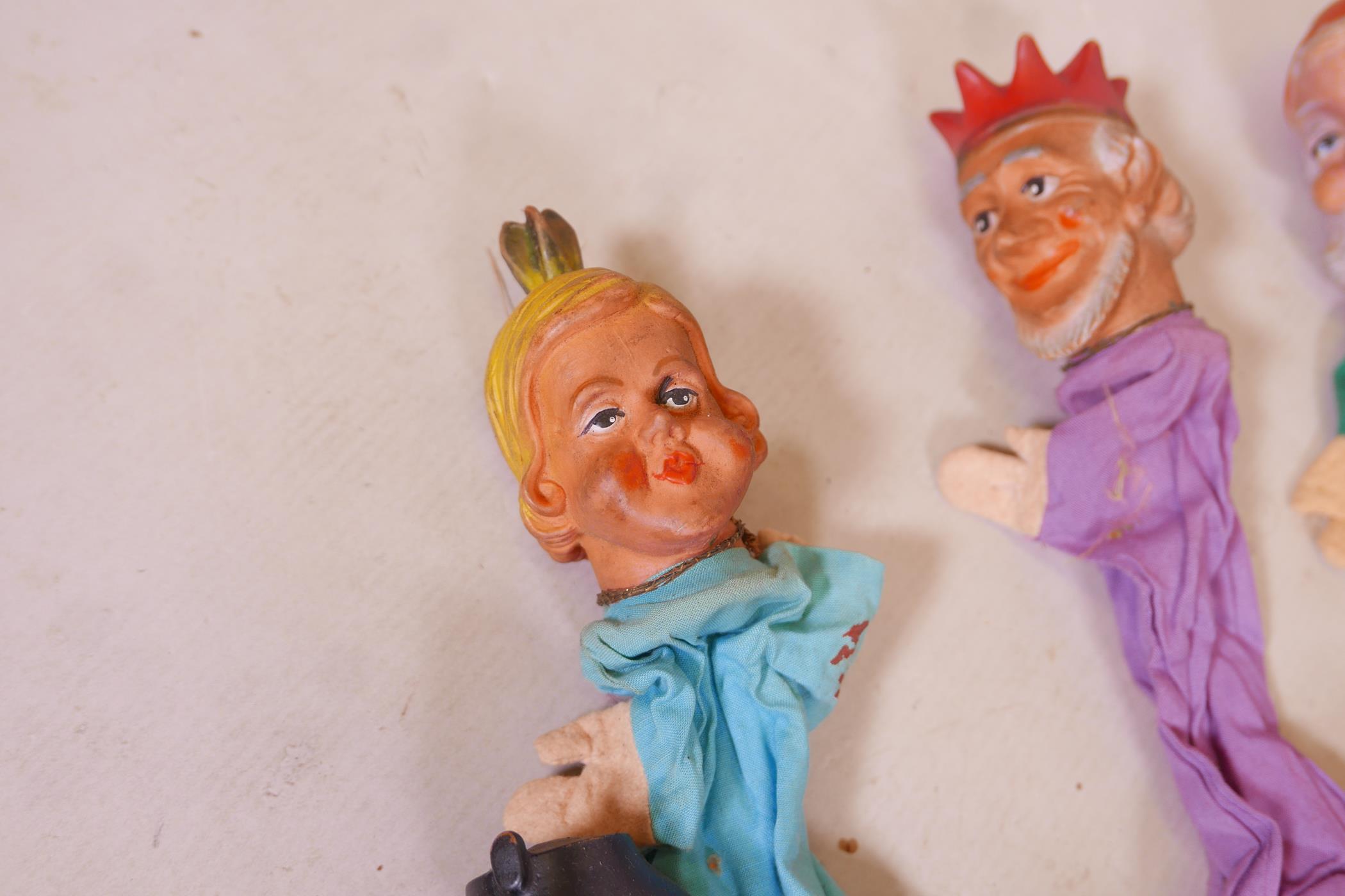 Seven vintage glove puppets - Image 4 of 4