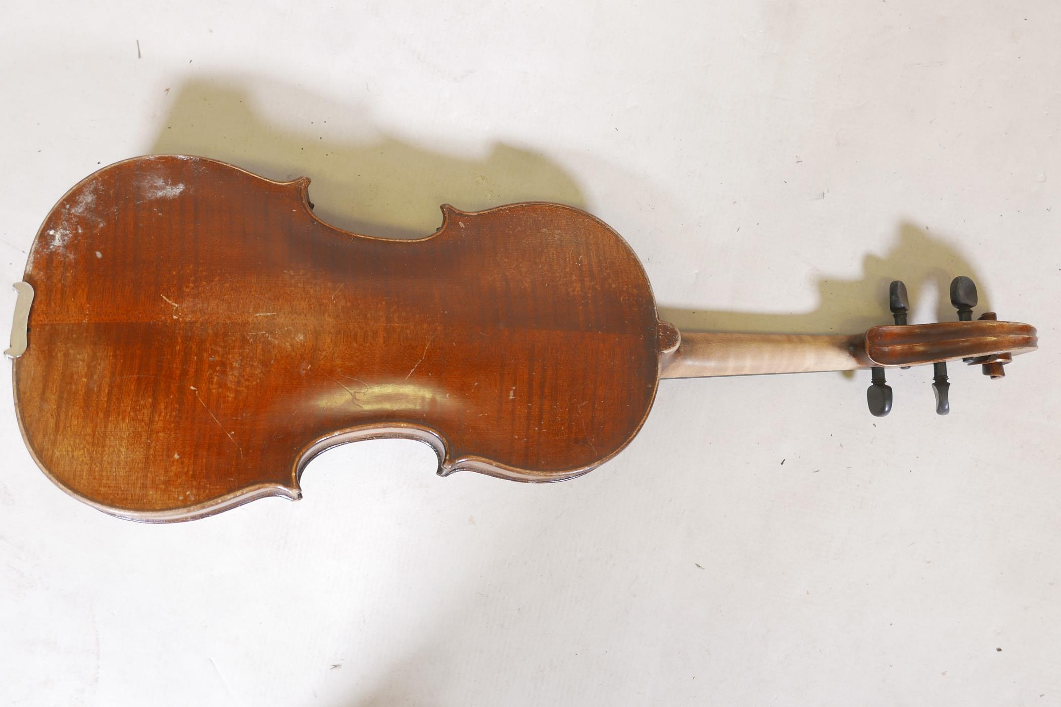 """A vintage violin and bow in case, 14½"""" back including button, 23½"""" long - Image 10 of 15"""