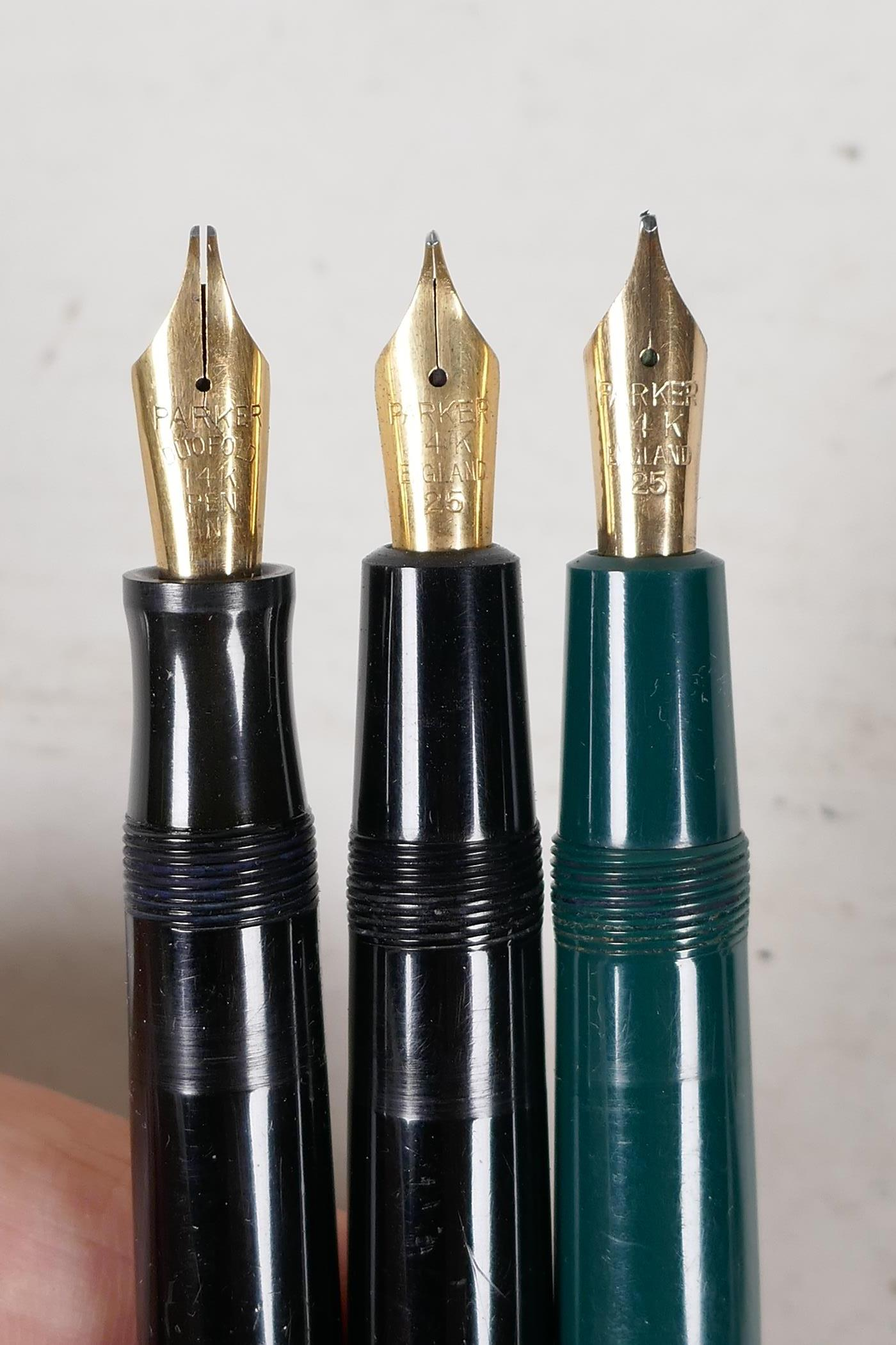 An assortment of Parker fountain pens, including two 'Maxima Duofold', three 'Duofold', two 'lady' - Image 5 of 9