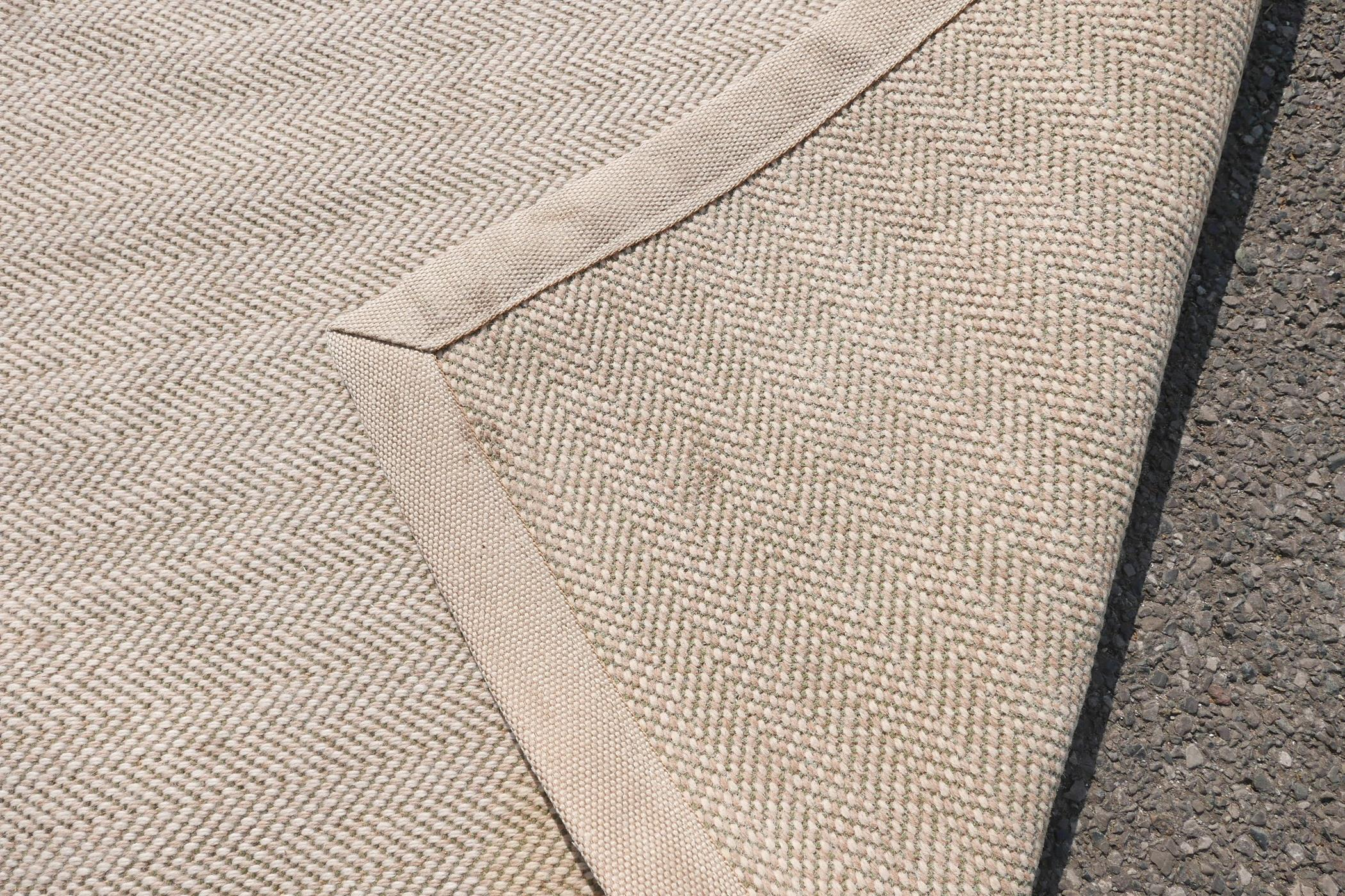 """A woven wool cream and green ground runner, 152"""" x 58"""" - Image 7 of 7"""