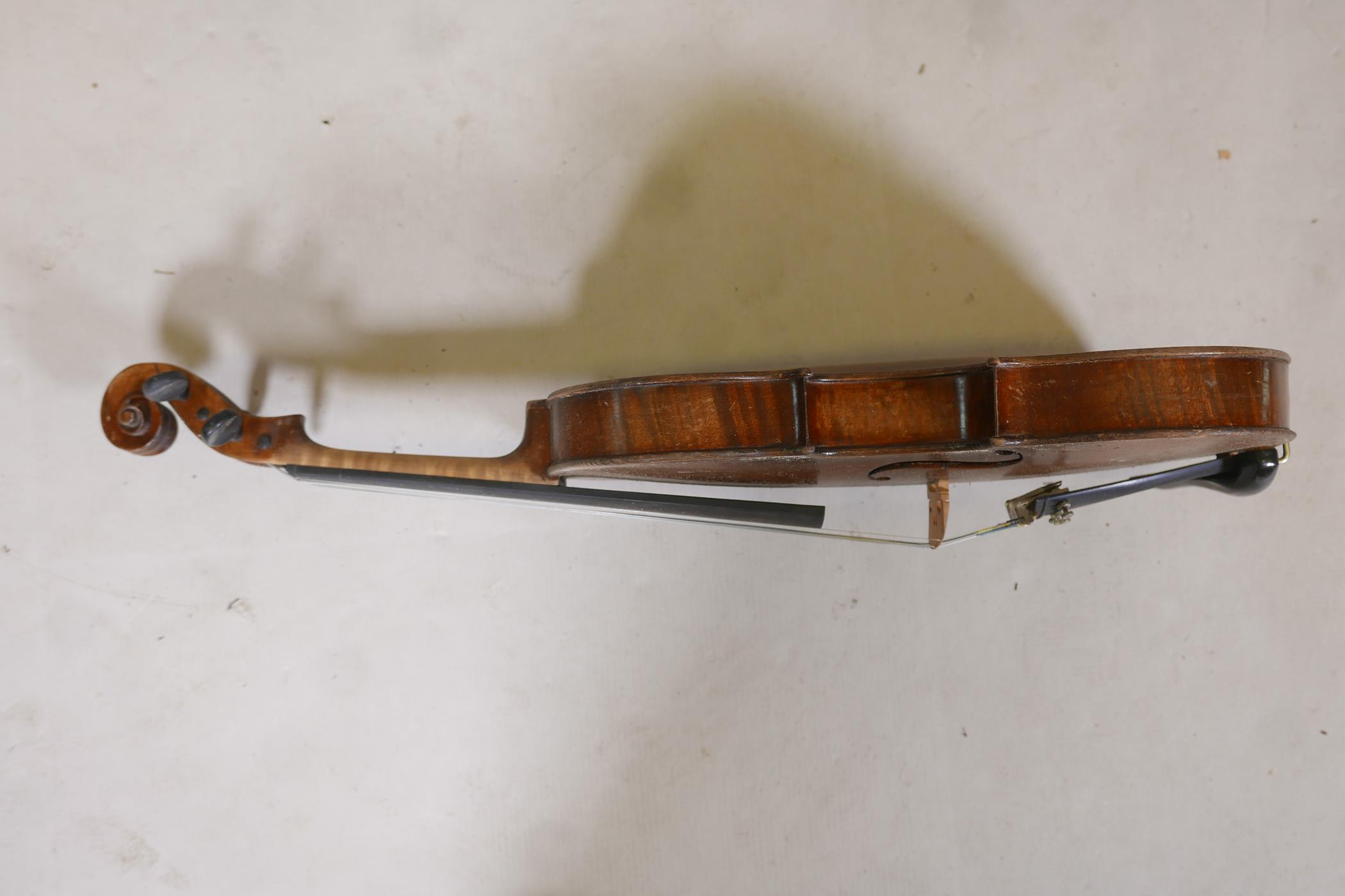 """A vintage violin and bow in case, 14½"""" back including button, 23½"""" long - Image 5 of 15"""