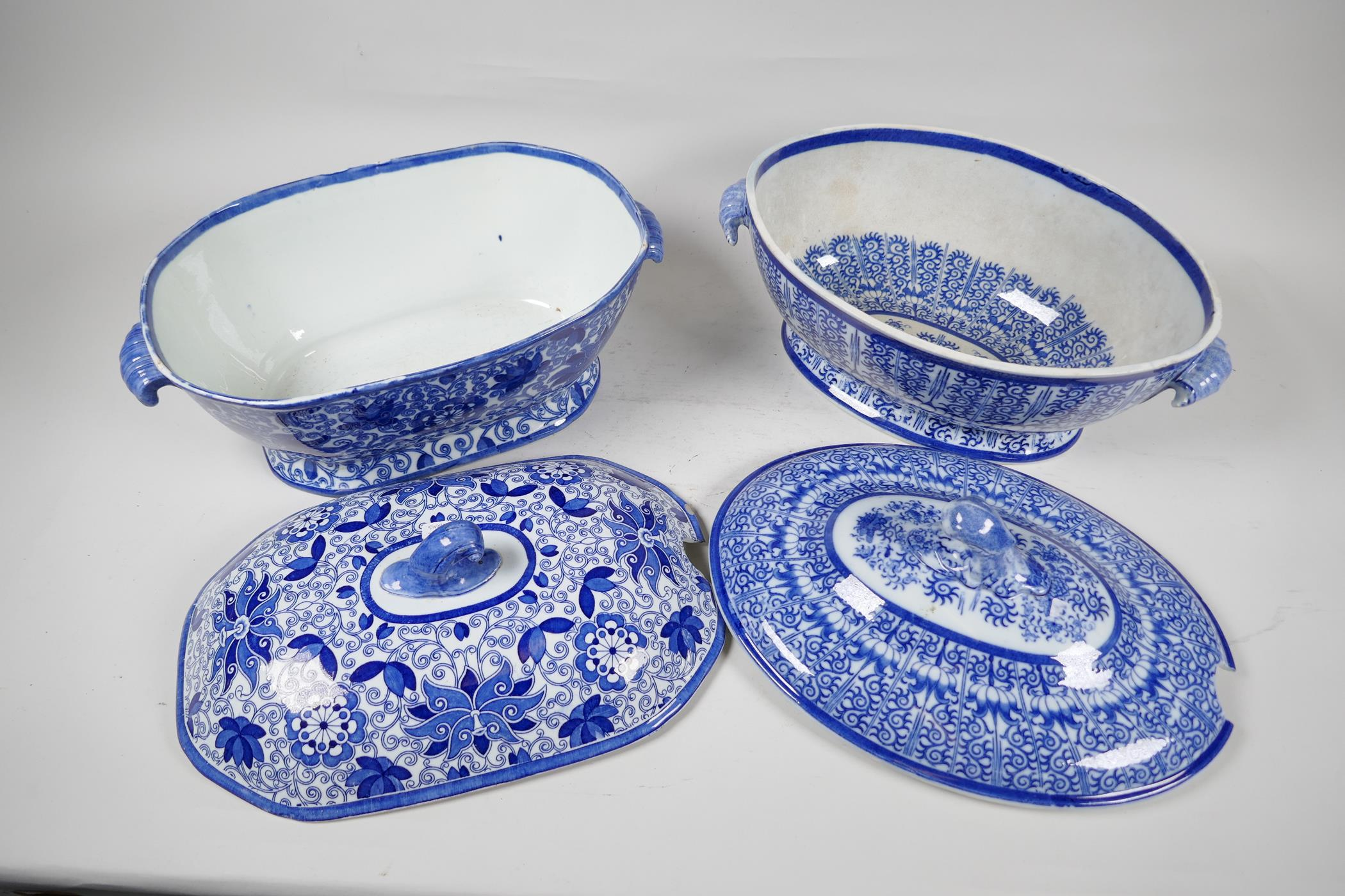 """A C19th blue and white soup tureen by Adams, 13"""" long, and another similar - Image 4 of 5"""