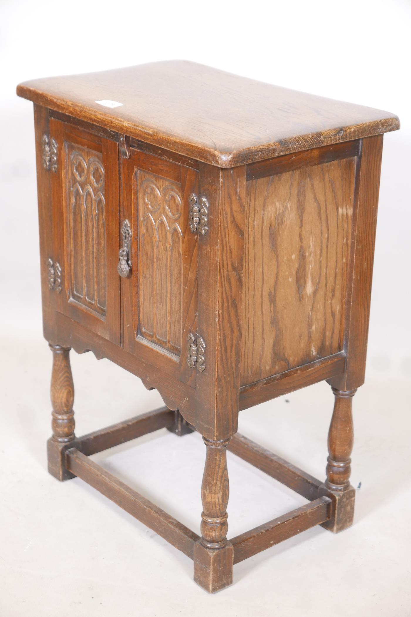 """An oak two door cabinet with Gothic style carving, 20"""" x 13"""" x 27"""" - Image 2 of 2"""