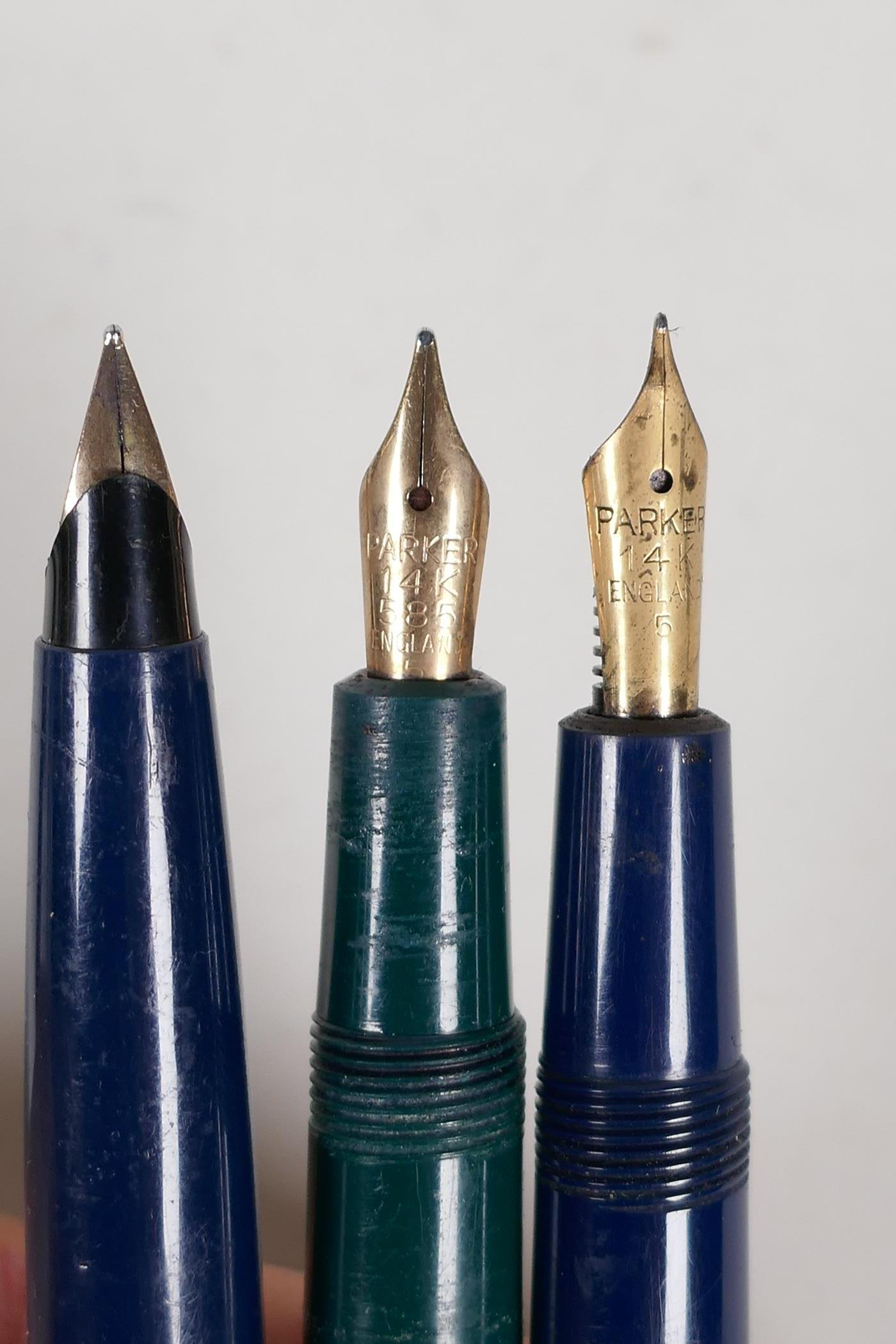 An assortment of Parker fountain pens, including two 'Maxima Duofold', three 'Duofold', two 'lady' - Image 9 of 9