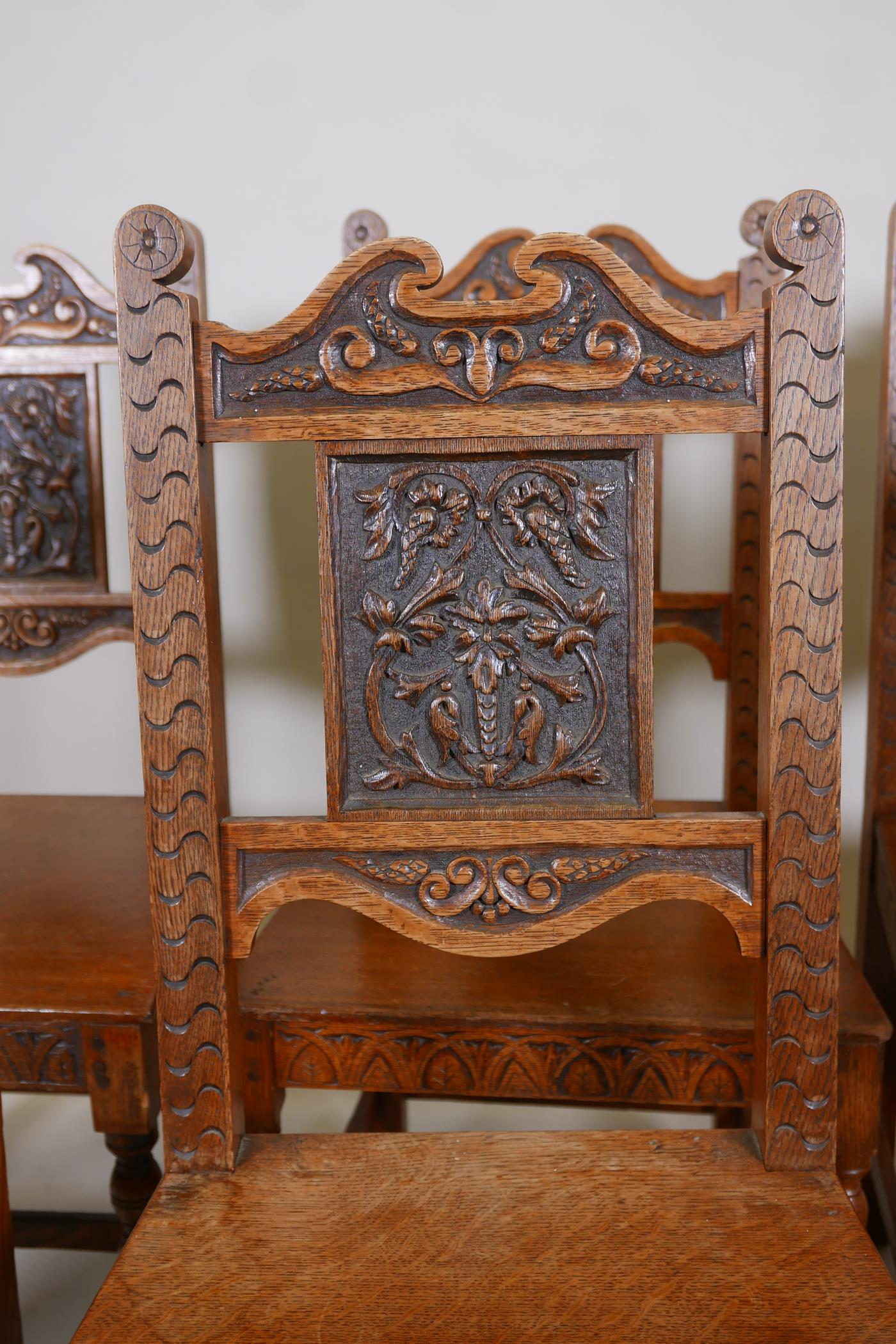 A set of six oak dining chairs with carved backs - Image 4 of 4