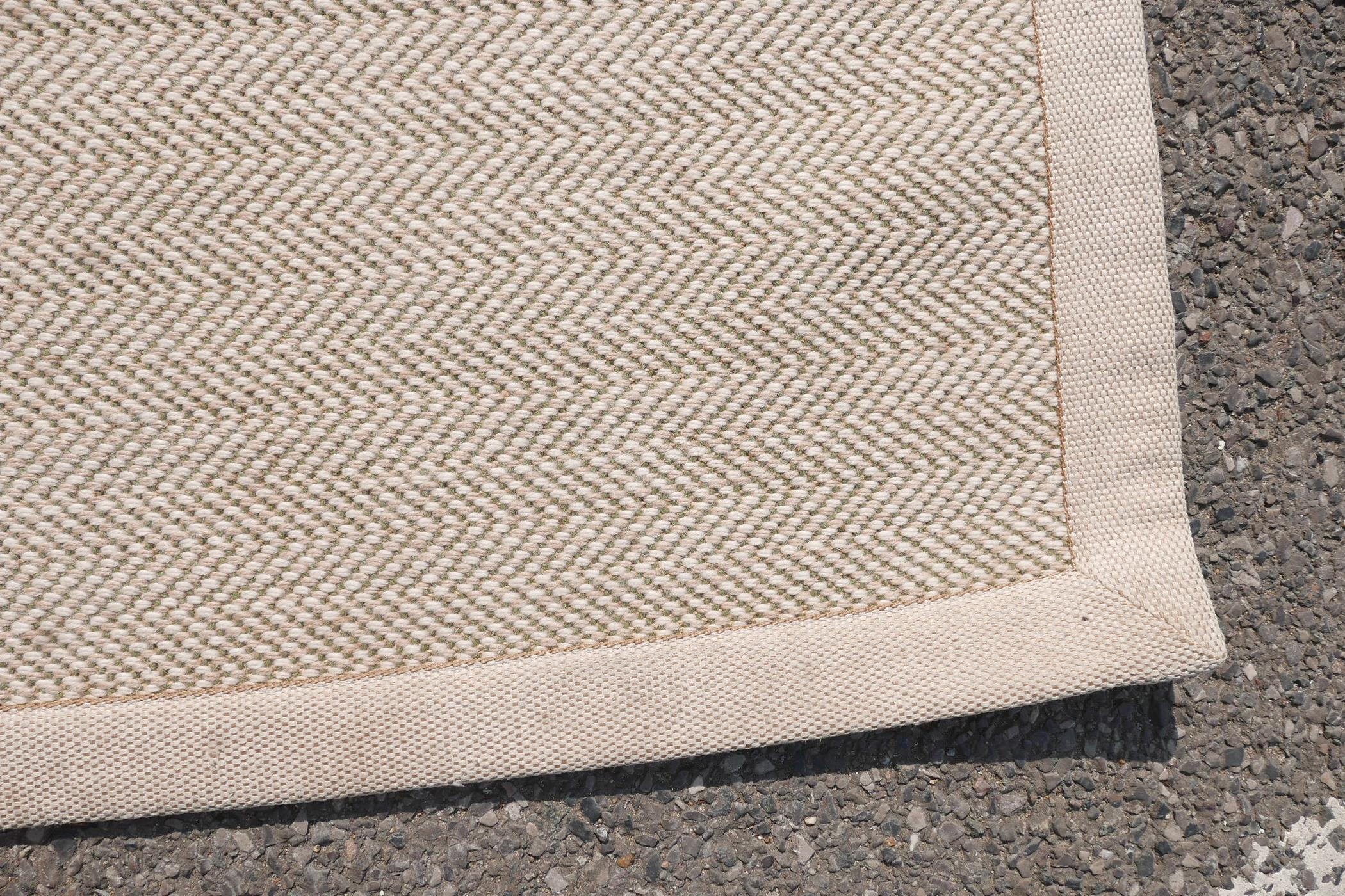 """A woven wool cream and green ground runner, 152"""" x 58"""" - Image 6 of 7"""