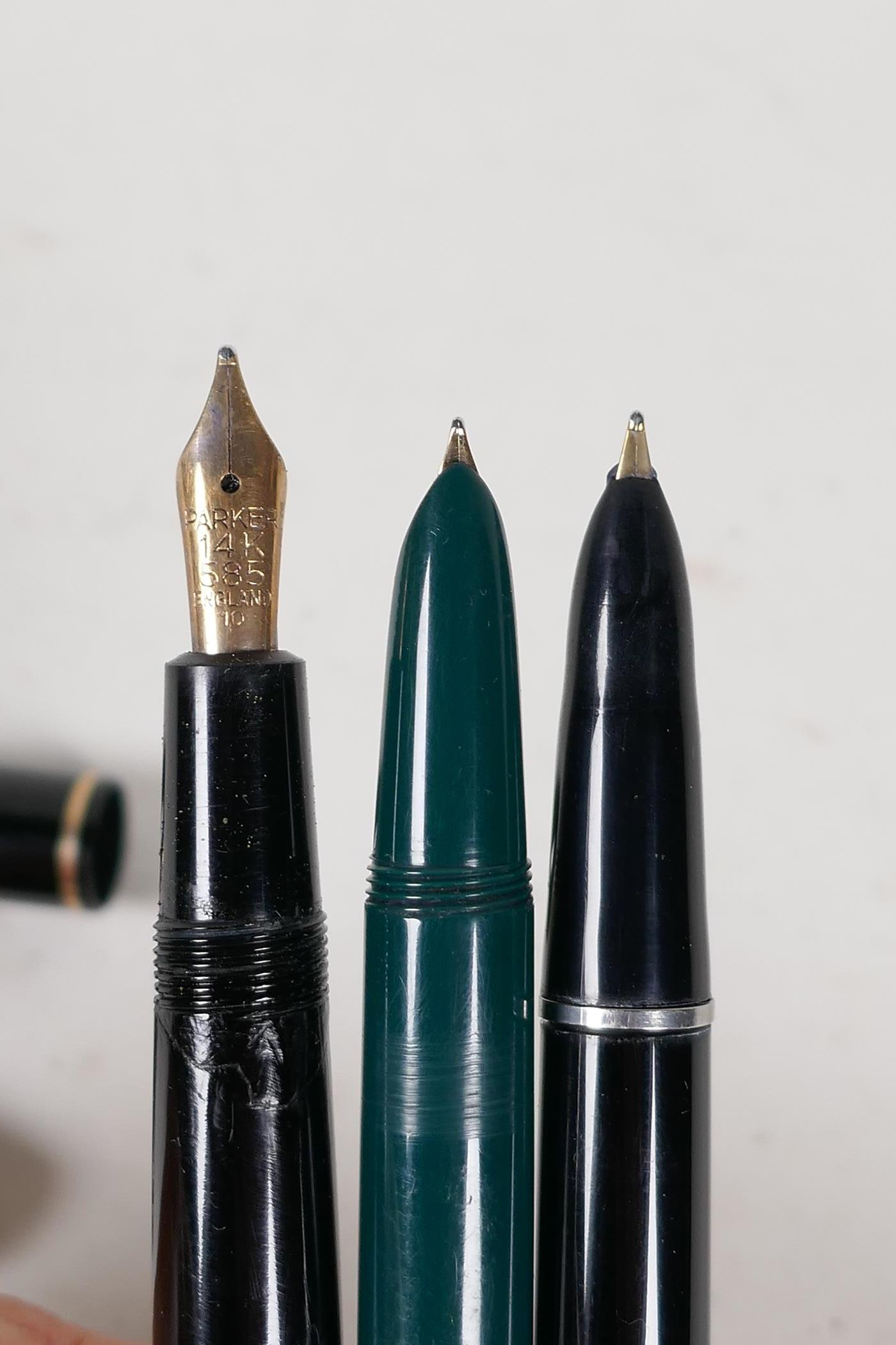 An assortment of Parker fountain pens, including two 'Maxima Duofold', three 'Duofold', two 'lady' - Image 7 of 9