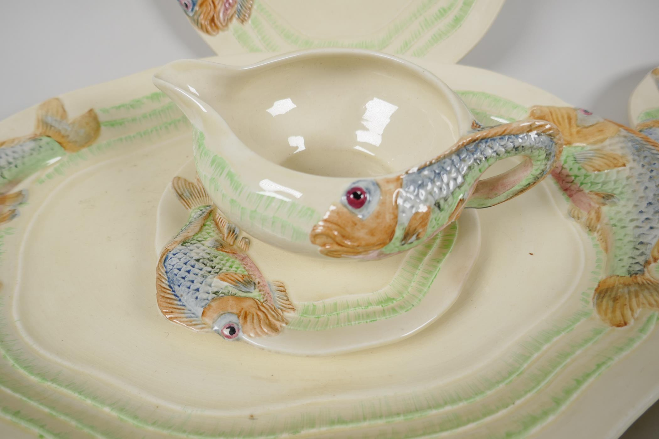 """Clarice Cliff for Wilkinson, a nine piece fish service, serving plate 15"""" x 10"""", six 8½"""" plates, - Image 2 of 5"""