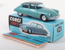 Corgi Toys 210 Citroen D.S.19