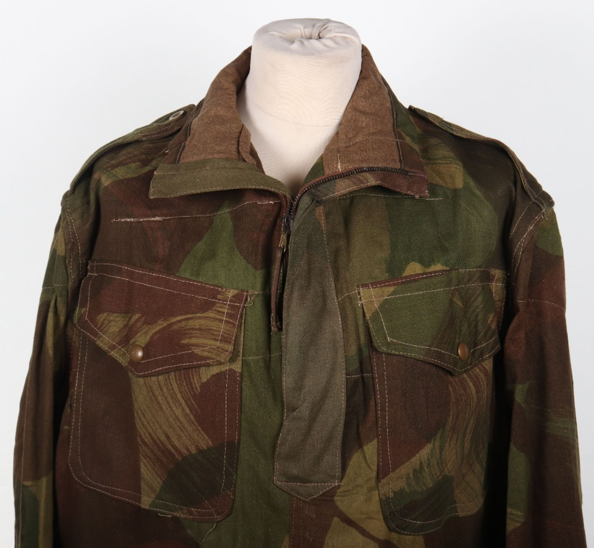 Mint Condition Large Size Airborne Forces Denison Smock - Image 2 of 17
