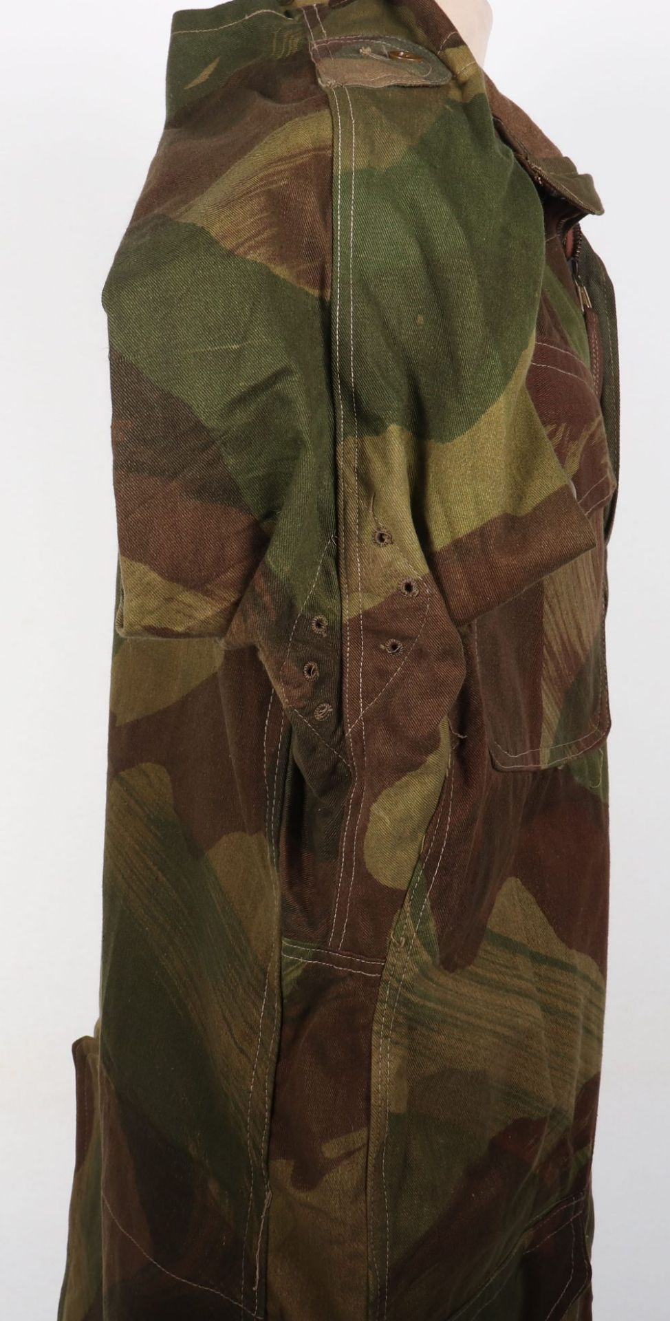 Mint Condition Large Size Airborne Forces Denison Smock - Image 8 of 17
