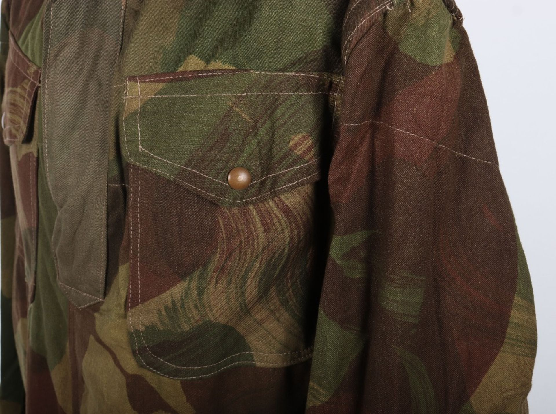 Mint Condition Large Size Airborne Forces Denison Smock - Image 6 of 17