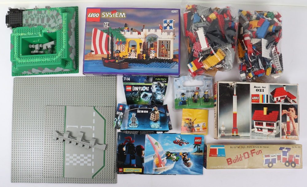 Lego system sets and loose bricks