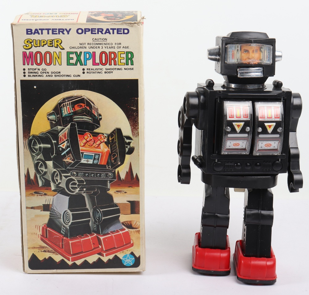 Vintage 1970s HK toys Battery operated super moon explorer Plastic robot