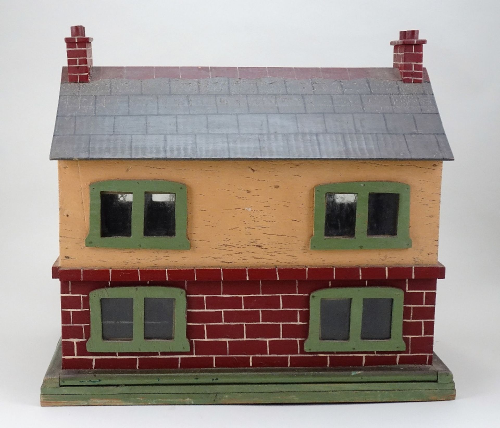 A small painted wooden dolls house, English circa 1920, - Image 3 of 4