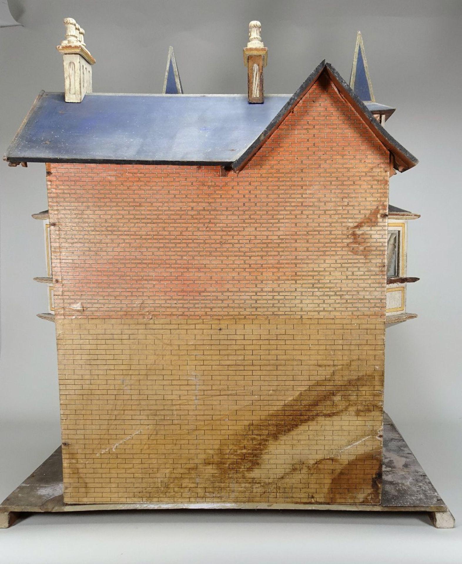 A large and impressive Moritz Gottschalk blue roof dolls house model: 2556/2 in original condition, - Image 11 of 13