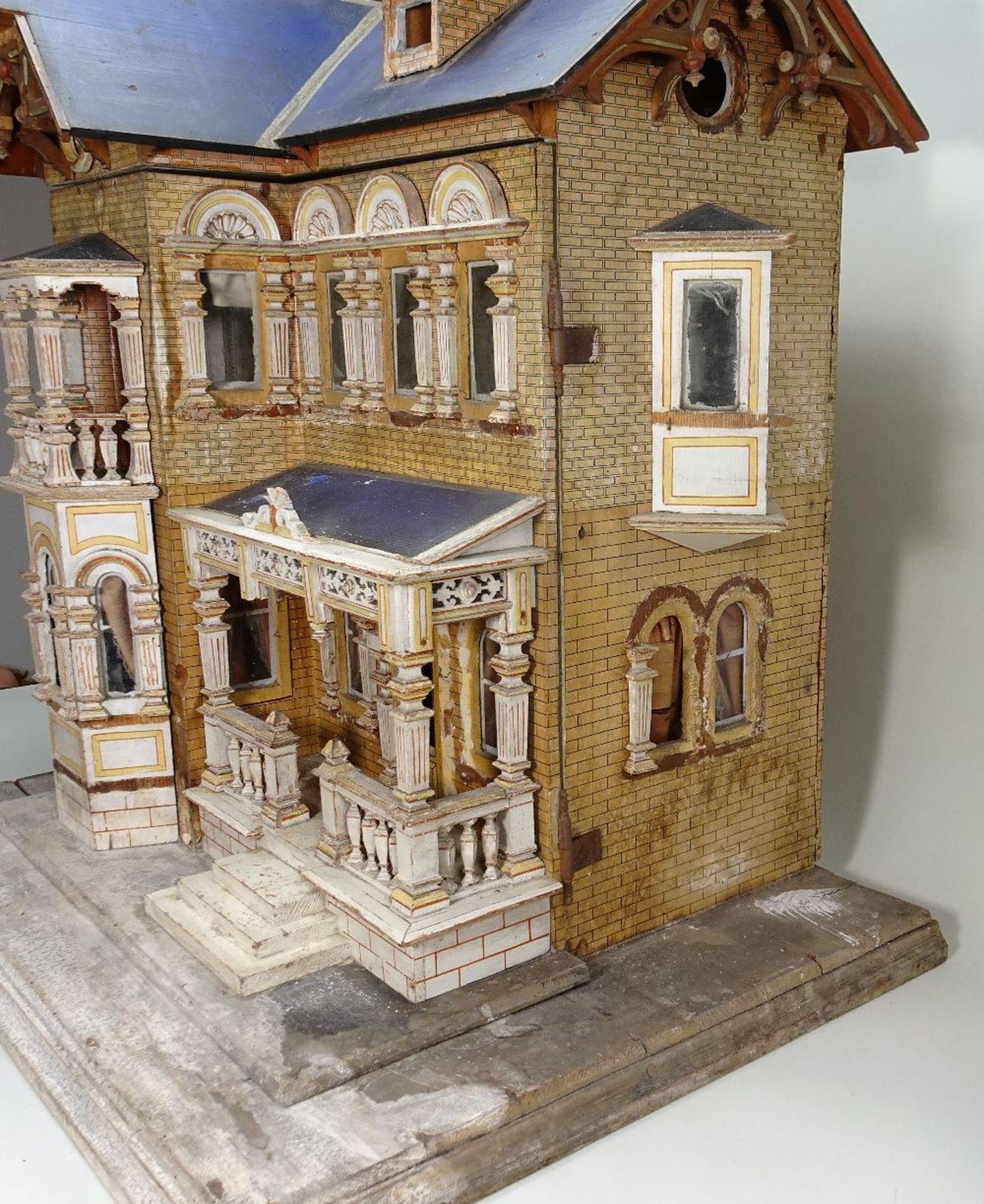 A large and impressive Moritz Gottschalk blue roof dolls house model: 2556/2 in original condition, - Image 7 of 13