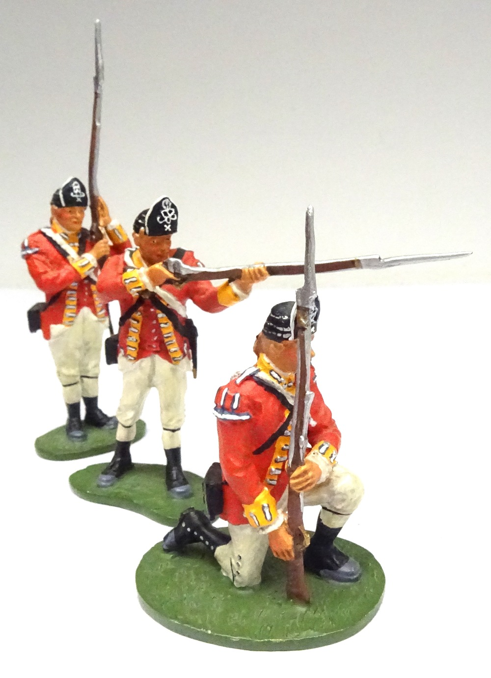 Britains Matte American Revolution set 17221 10th Foot - Image 2 of 9