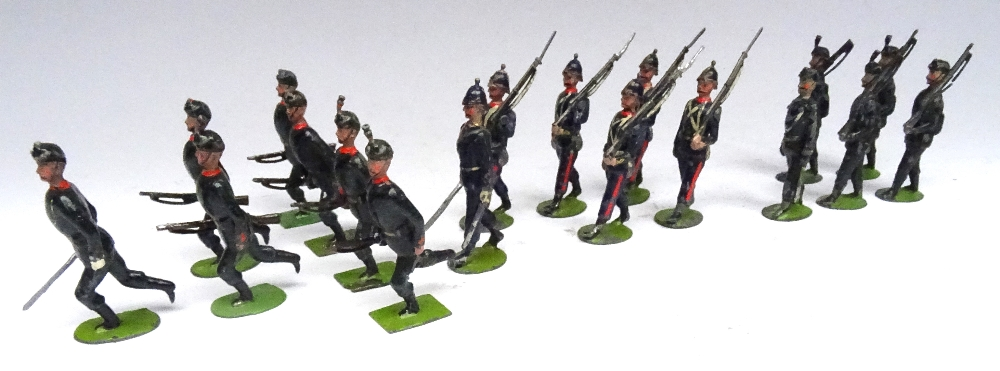 Britains set 9, Rifle Brigade - Image 5 of 5