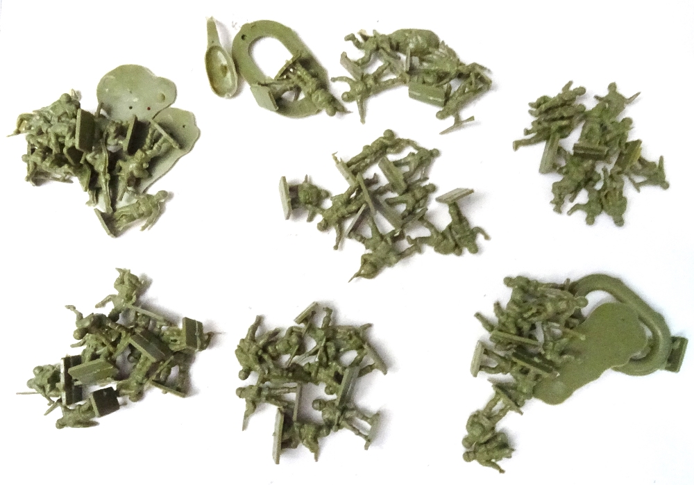 Plastic Toy Soldiers - Image 5 of 7