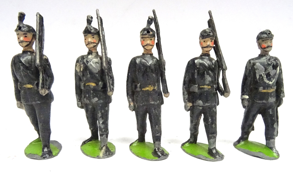 Britains set 9, Rifle Brigade - Image 2 of 5