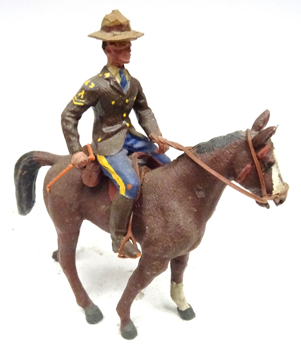 Various Royal Canadian Mounted Police in plastic - Image 8 of 13