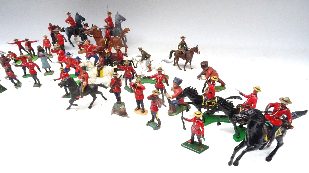 Various Royal Canadian Mounted Police in plastic - Image 5 of 13