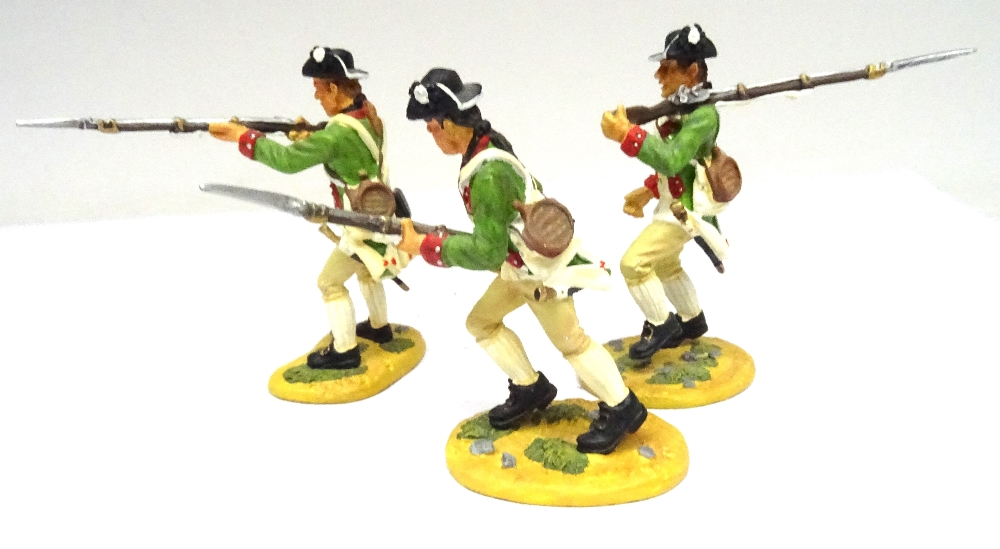 Britains Matte American Revolution set 17221 10th Foot - Image 5 of 9