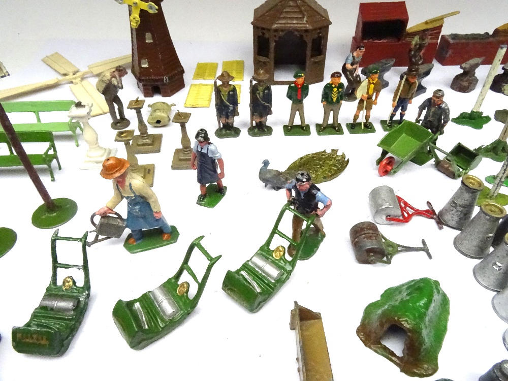 Britains and other Garden Items - Image 4 of 4
