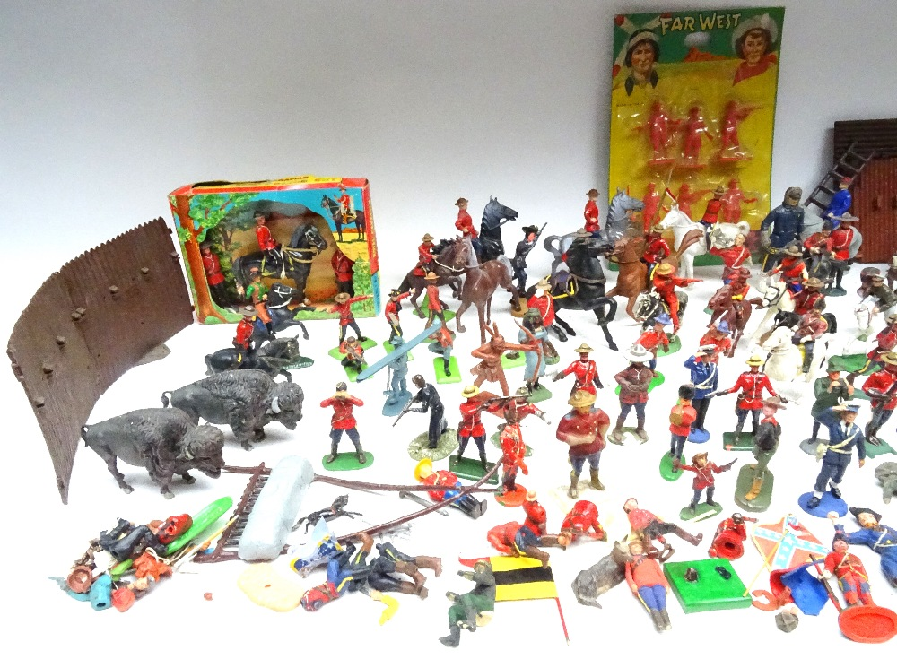 Various Royal Canadian Mounted Police in plastic - Image 2 of 13