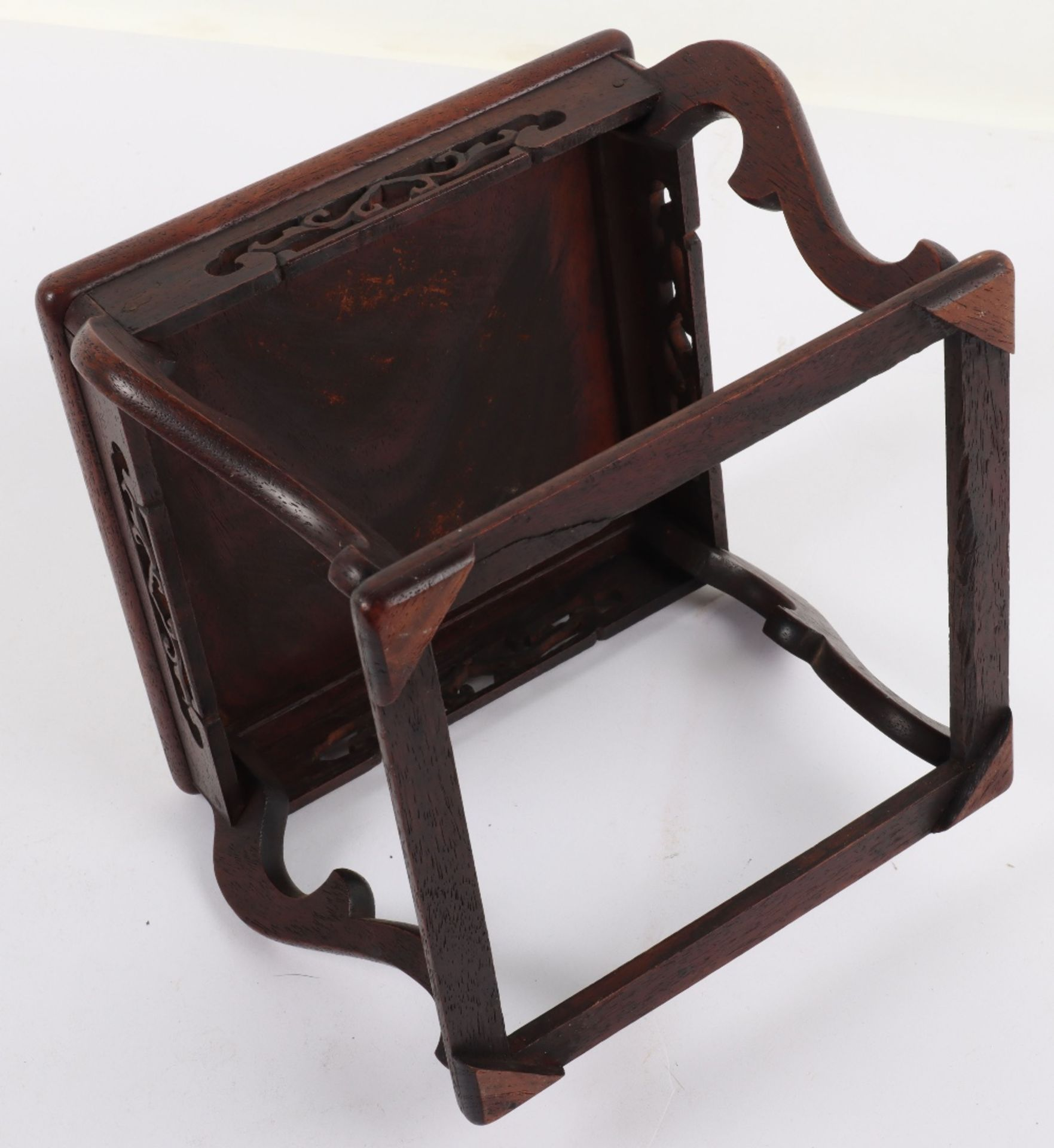 A 19th century small Chinese hardwood carved candle stand - Image 5 of 6
