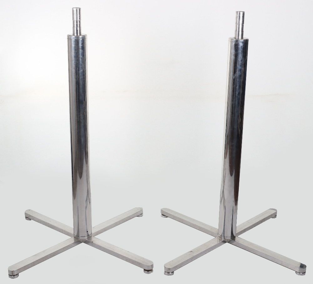 A superb and large pair of mid 20th century brass and metal naval signalling lamps on stands - Image 26 of 26