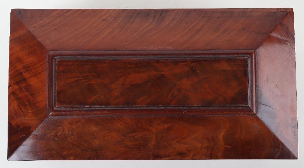 A 19th century mahogany casket tea caddy - Image 14 of 14
