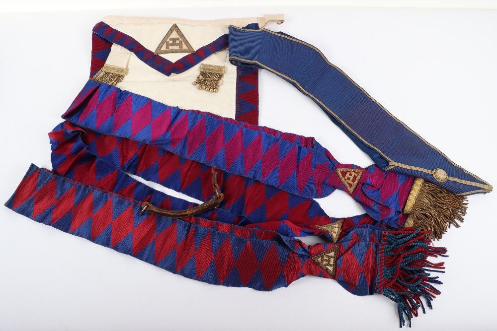 A leather suitcase of Masonic regalia - Image 7 of 7