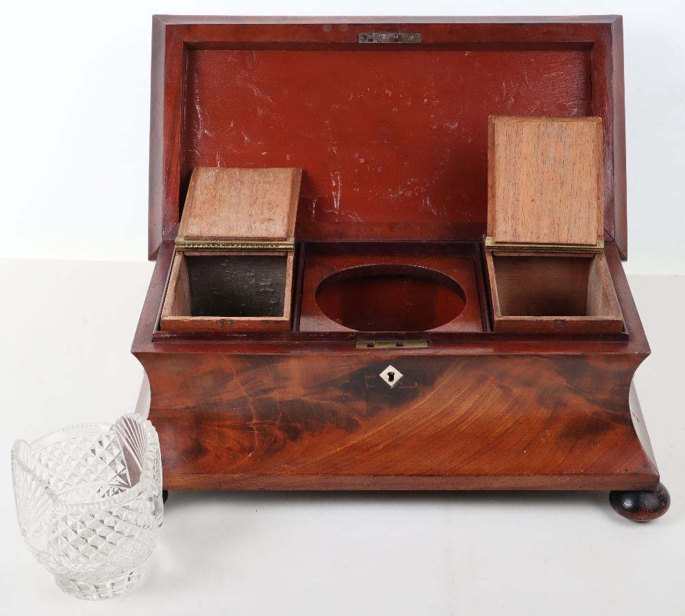 A 19th century mahogany casket tea caddy - Image 4 of 14