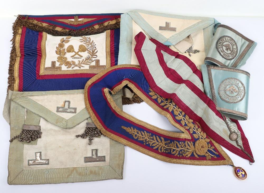 A leather suitcase of Masonic regalia - Image 4 of 7
