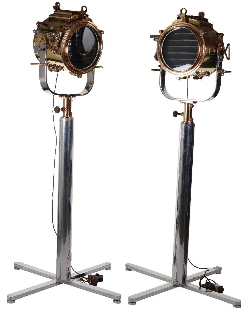 A superb and large pair of mid 20th century brass and metal naval signalling lamps on stands - Image 4 of 26