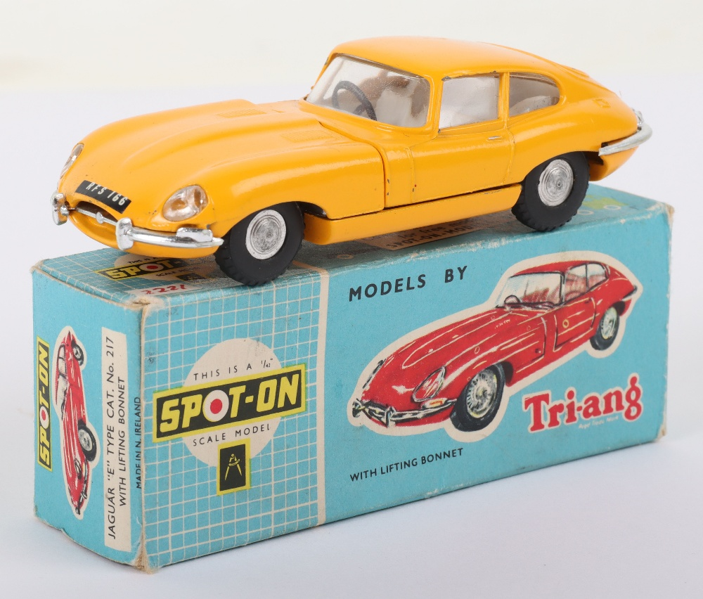 Scarce Triang Spot-On Model 217 Jaguar 'E' Type