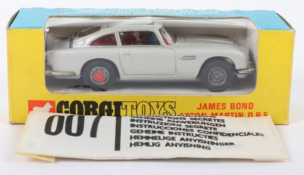 Corgi Toys 270 James Bond Aston Martin slim window box - Image 2 of 8