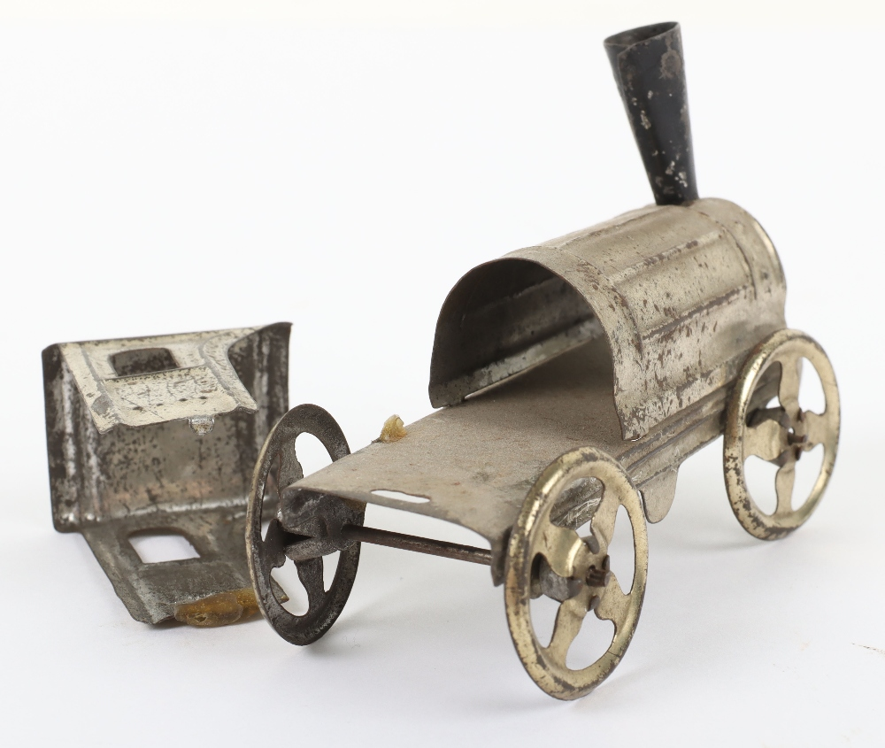 Early Meier pressed tinplate locomotive and carriage penny toy, German circa 1900 - Image 6 of 6