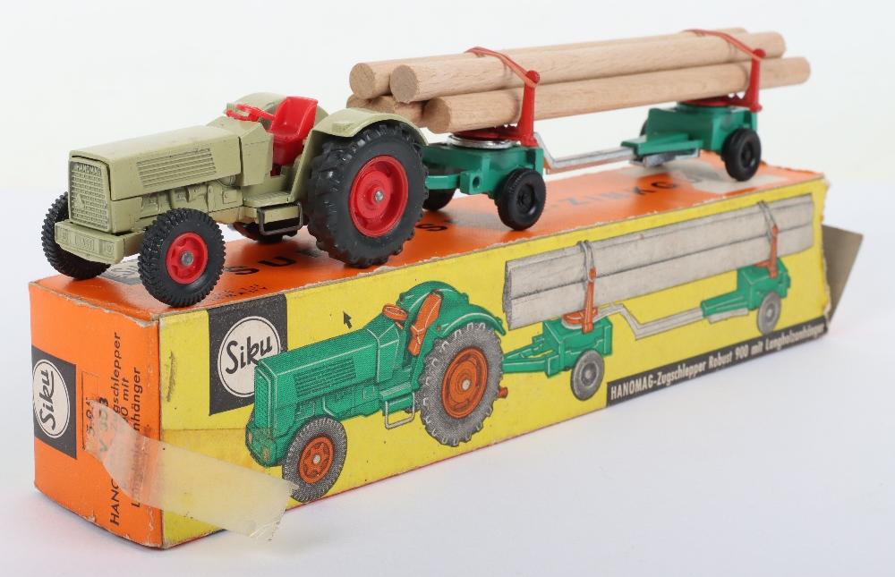Siku (Germany) V 303 Hanomag 900 Tractor and Limber Trailer - Image 2 of 4