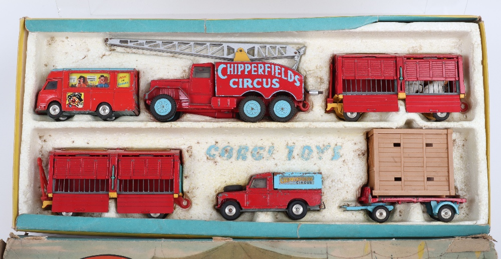 Corgi Toys Chipperfield's Circus Models Gift Set 23 - Image 2 of 3