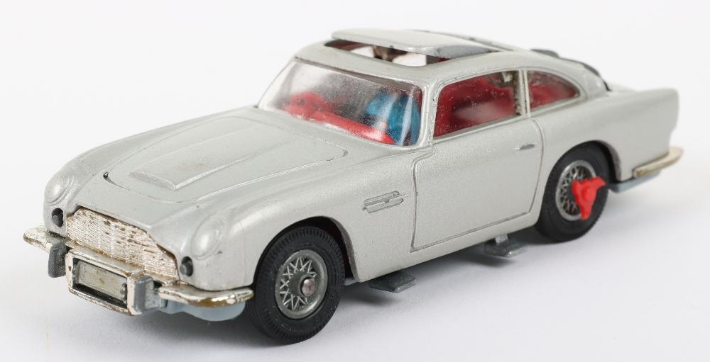Corgi Toys 270 James Bond Aston Martin slim window box - Image 3 of 8