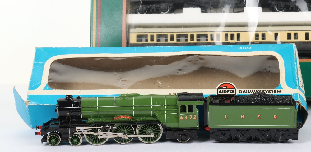 Hornby Railways 150th Anniversary of the G.W.R commemorative Ltd Edition set - Image 2 of 5