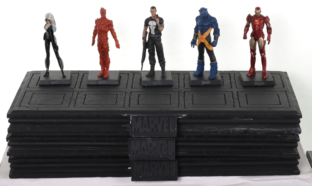 """Quantity of """"The Classic Marvel Figurine Collection"""" by Eaglemoss - Image 2 of 12"""