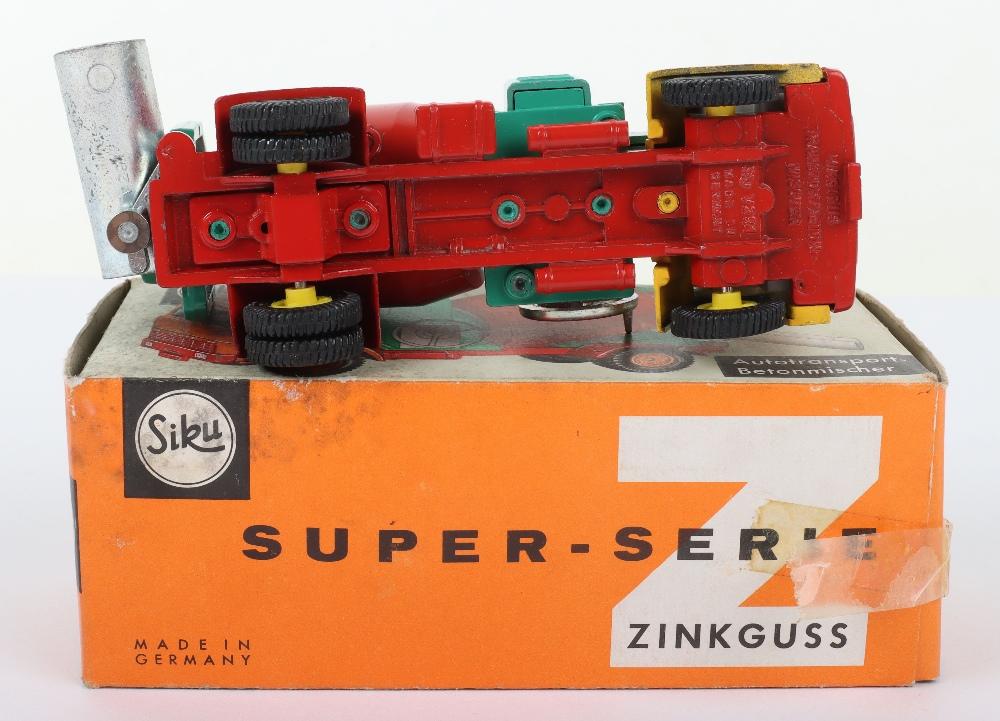 Siku (Germany) V 291 Deutz Cement Mixer Truck - Image 3 of 3